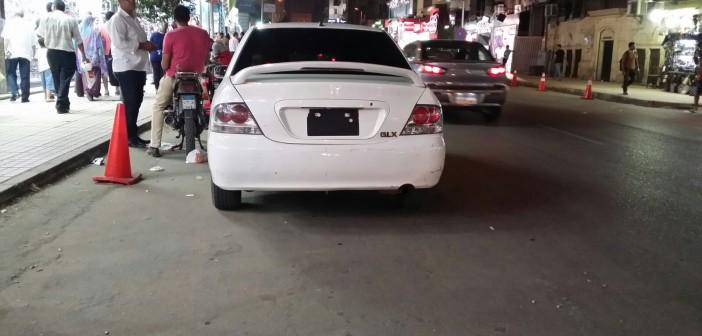 بالصور.. سيارات دون لوحات معدنية تمر بمناطق حيوية بالقاهرة قد تكون عرضة لتفجيرات 📷