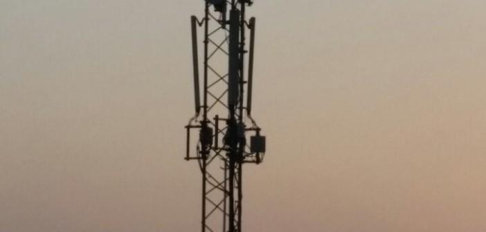 أبراج شبكات المحمول بحي فيصل المُكتظ بالسكان تُهدد حياة المواطنين 📷