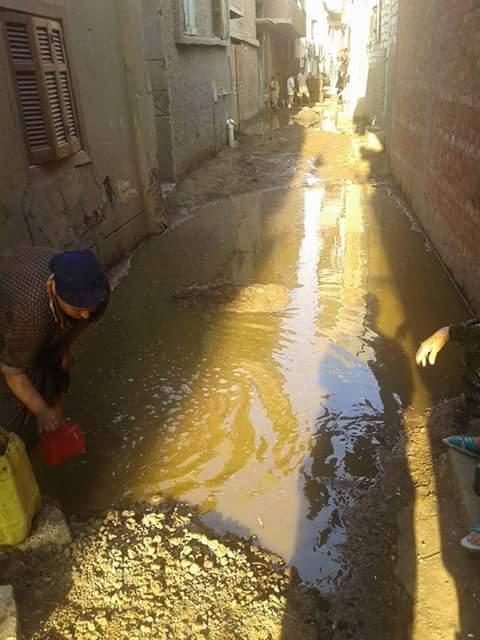 الصرف يضرب بيوت المواطنين في «كفر الروك» بالدقهلية