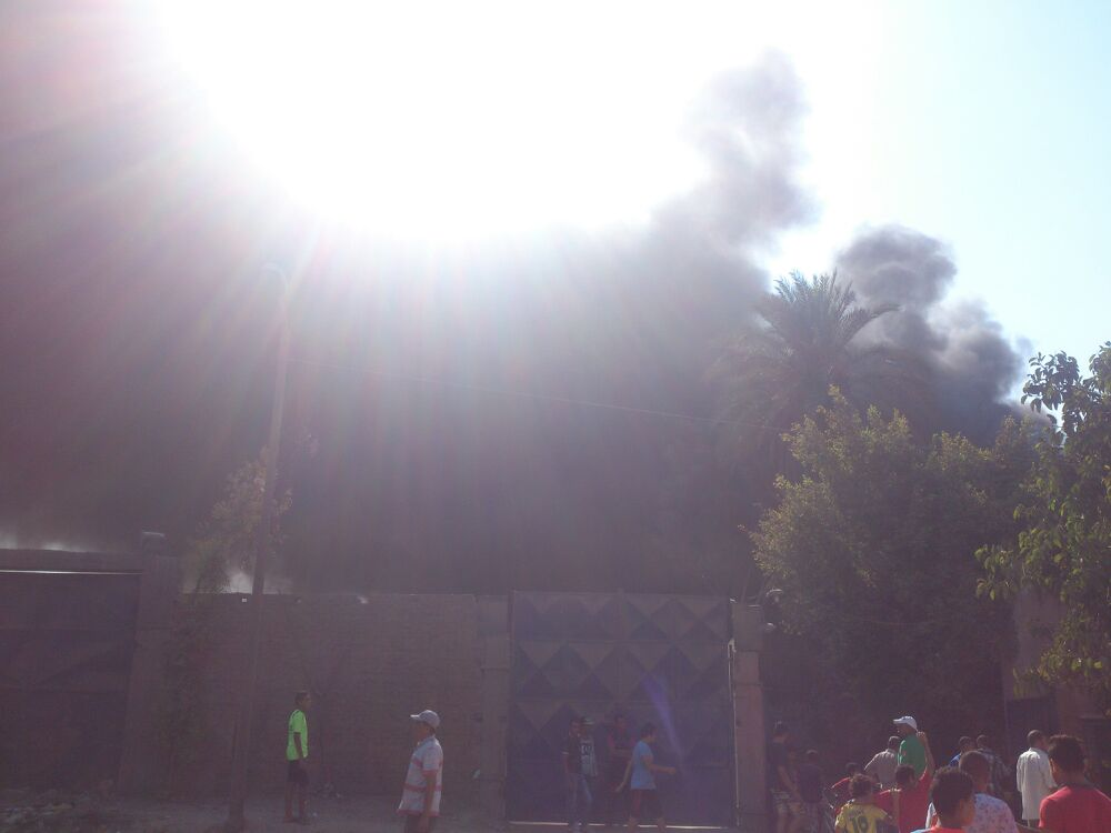 بالصور والفيديو.. حريق هائل في شركة للبلاستيك بشبرا الخيمة