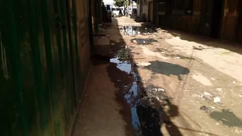سيارات «الكسح» تفاقم أزمة الصرف الصحي في «ميت نما» بالقليوبية