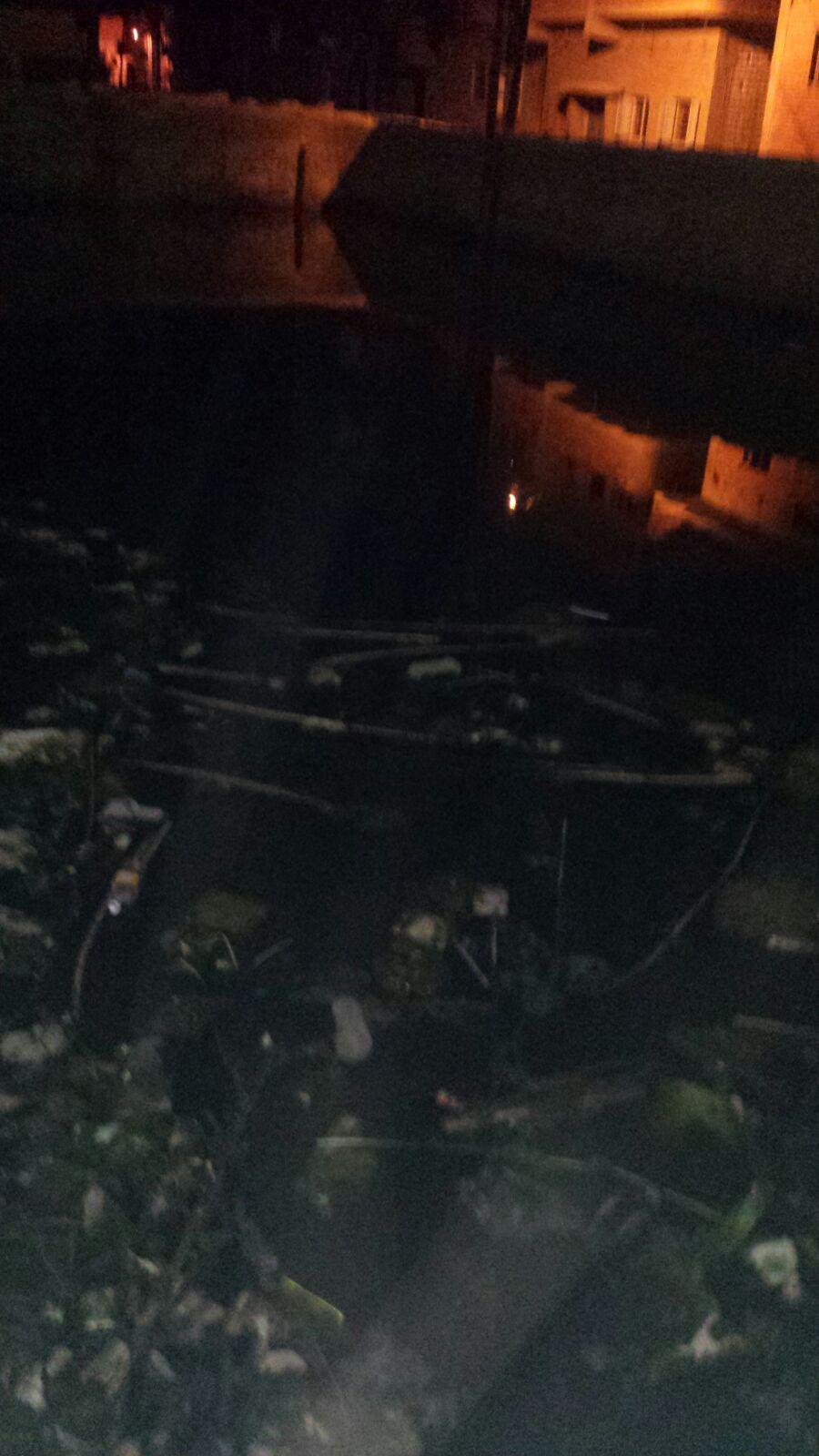 مياه الصرف تغمر شوارع قرية «ميانة» بالمنيا