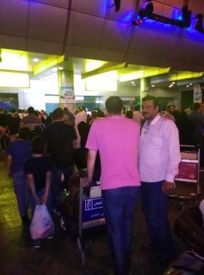تكدس في مطار القاهرة