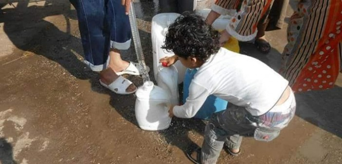 تزامنا مع جولة محلب بالدقهلية.. مواطنون يدعونه لزيارة قريتهم ومتابعة انقطاع المياه عنها منذ 2011