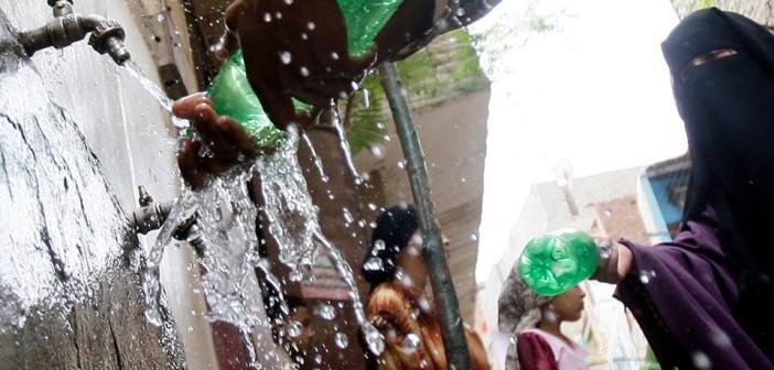 «الجو نار».. والمياه غائبة عن مناطق في شبرا الخيمة