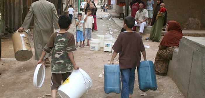 الشرقية| وقفة احتجاجية أمام مجلس مدينة فاقوس بسبب انقطاع المياه