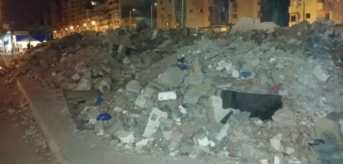 📷 محافظة الإسكندرية هدمت البناء المخالف.. وتركت آثاره دون إزالتها