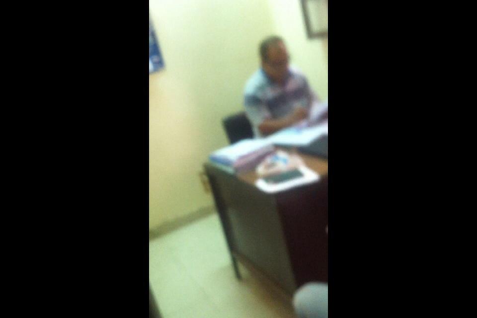 مواطن: موظف يطلب رشوة 50 جنيهًا حتى أتسلم «تصريح الصحة»