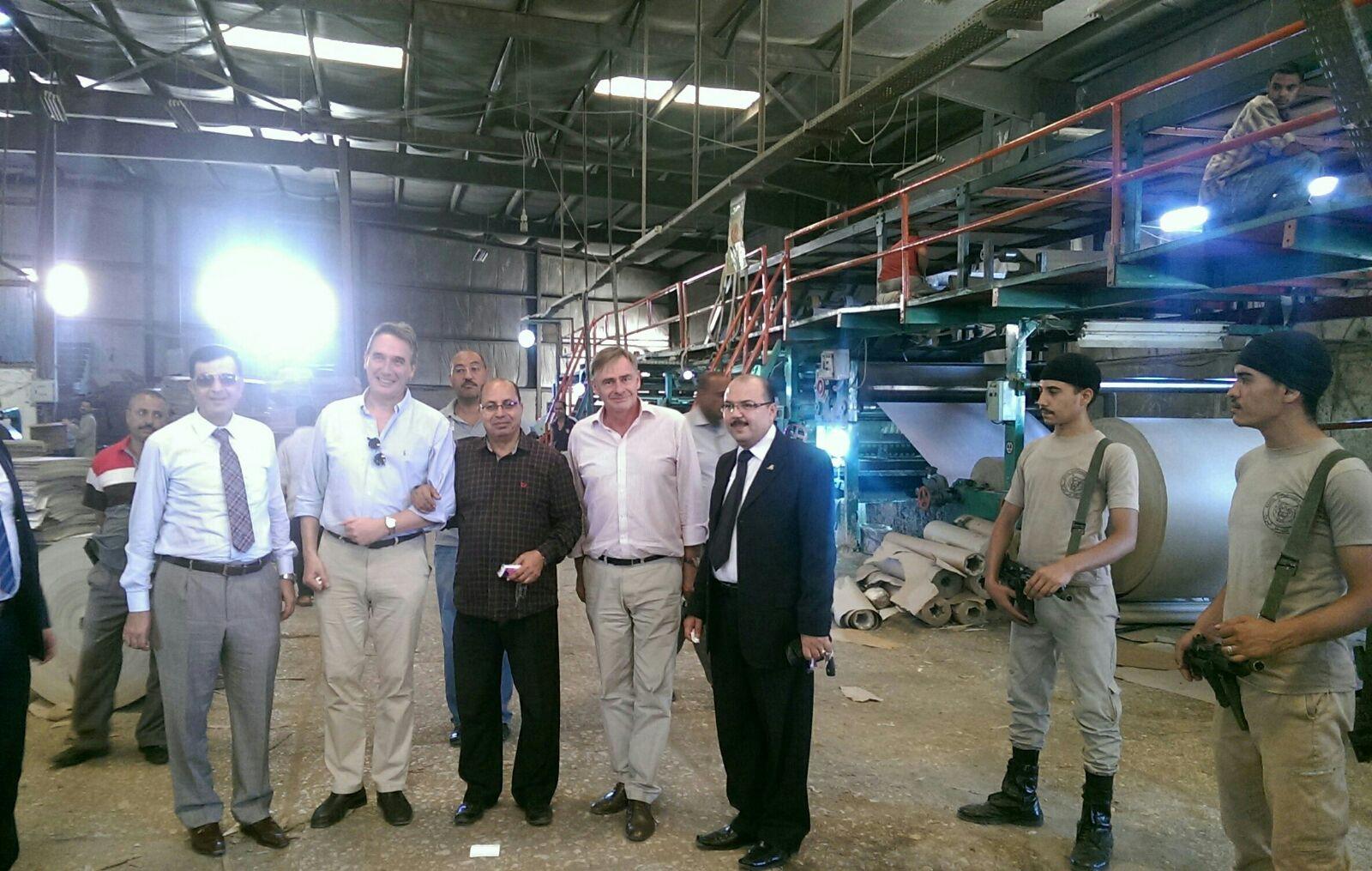سفيرا هولندا وبلجيكا يزوران المنطقة الصناعية بسوهاج