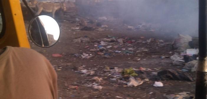 📷 حرق القمامة في مدينة الخصوص قرب المدارس دون تحرك مسؤولي المحليات