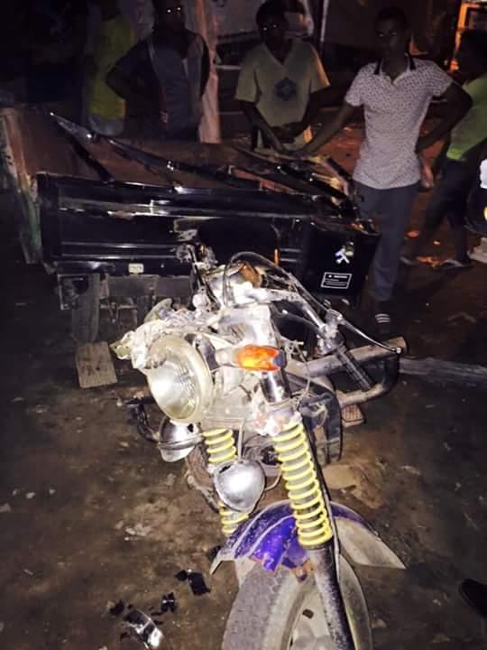 سيارة نقل تصدم مواطنًا.. وأهالي بالصالحية يشعلون النيران احتجاجًا على مقتله