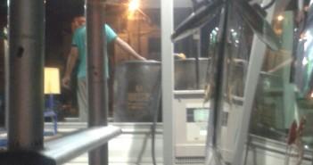 تهريب الوقود إلى السوق السوداء من محطة بشارع فيصل