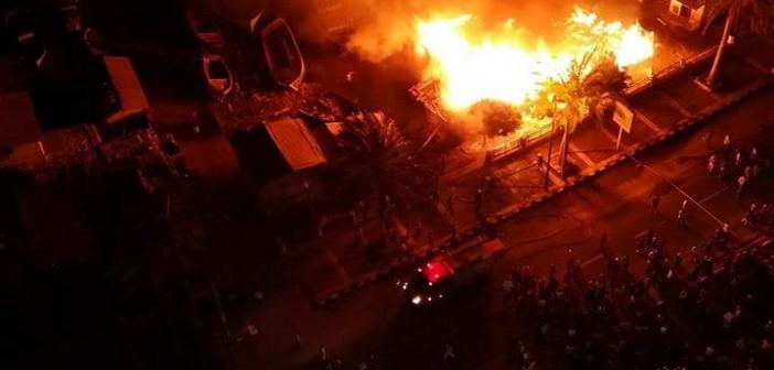 بالصور.. حريق يلتهم مركز صناعة السفن بالإسكندرية (ما نُشر عن إهماله قبل أيام من الحادث)
