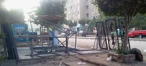 بالصور.. انتشار القمامة وورش الحدادة في شوارع التجمع الأول 📷