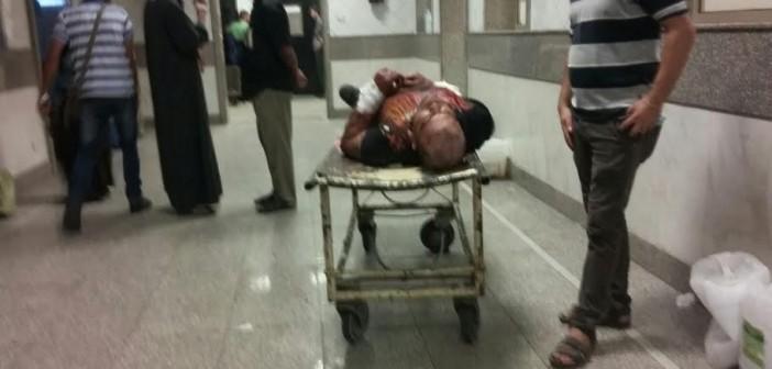 بالصور.. مواطن: مُصاب غارق في دمائه ظل ساعتين دون إسعافه بالمستشفى الميري 📷