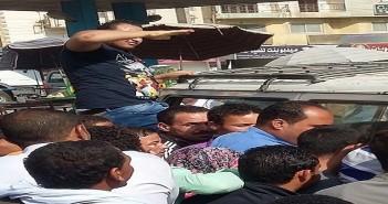 بالصور.. فوضى بموقف الفيوم ـ القاهرة.. ومشاجرات لقلة سيارات الأجرة