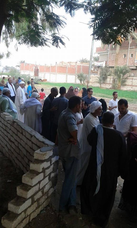 إقبال الناخبين على اللجان الانتخابية بـ«زاوية الناوية» في بني سويف باليوم الأول للتصويت
