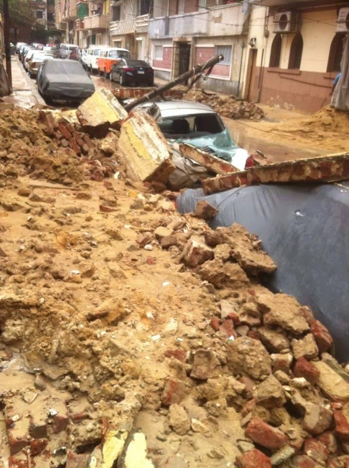 بالصور.. انهيار سور مدرسة كليوباترا التي درست فيها سمية الخشاب