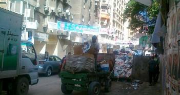 تفاقم أزمة القمامة في الإسكندرية.. والنباشون يثيرون غضب المواطنين