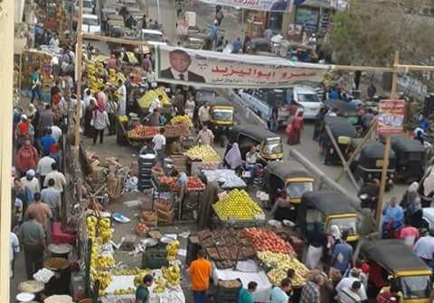 صورة.. حالة من الفوضى أمام مترو فيصل تعرقل حركة المواطنين📷