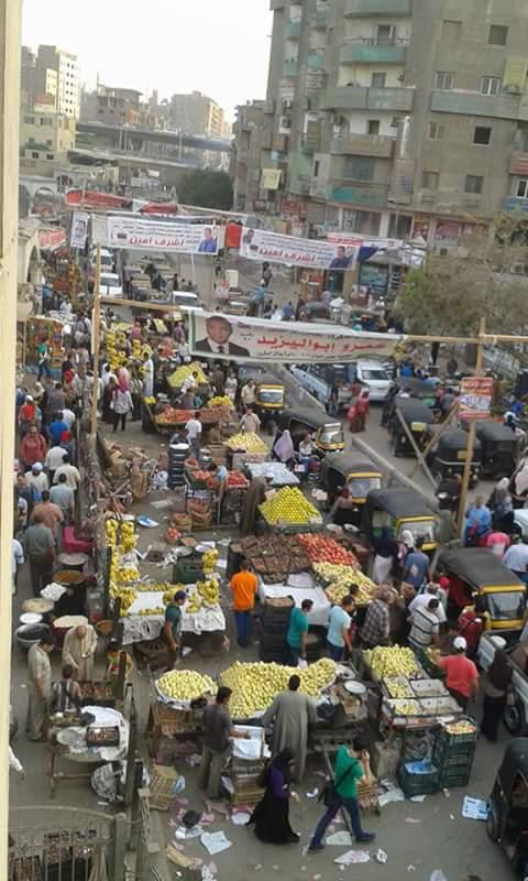 حالة من الفوضى أمام مترو فيصل تعرقل حركة المواطنين