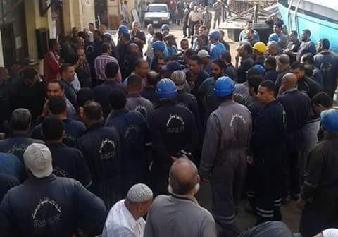 تواصل اعتصام عمال «الشركة البورسعيدية» لضم 7 شركات إلى هيئة قناة السويس