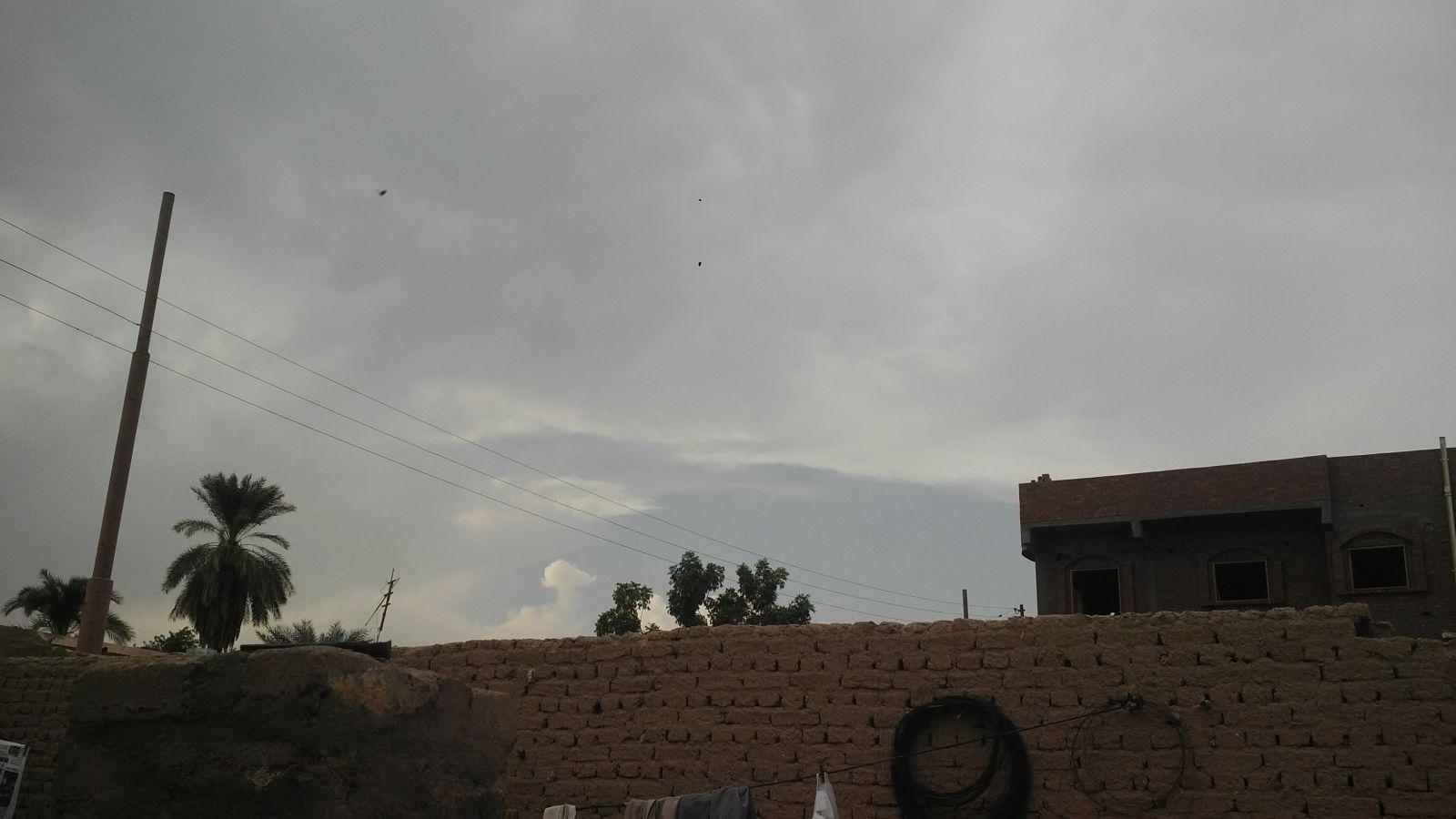 أمطار في الإسكندرية.. وأسوان «نار»