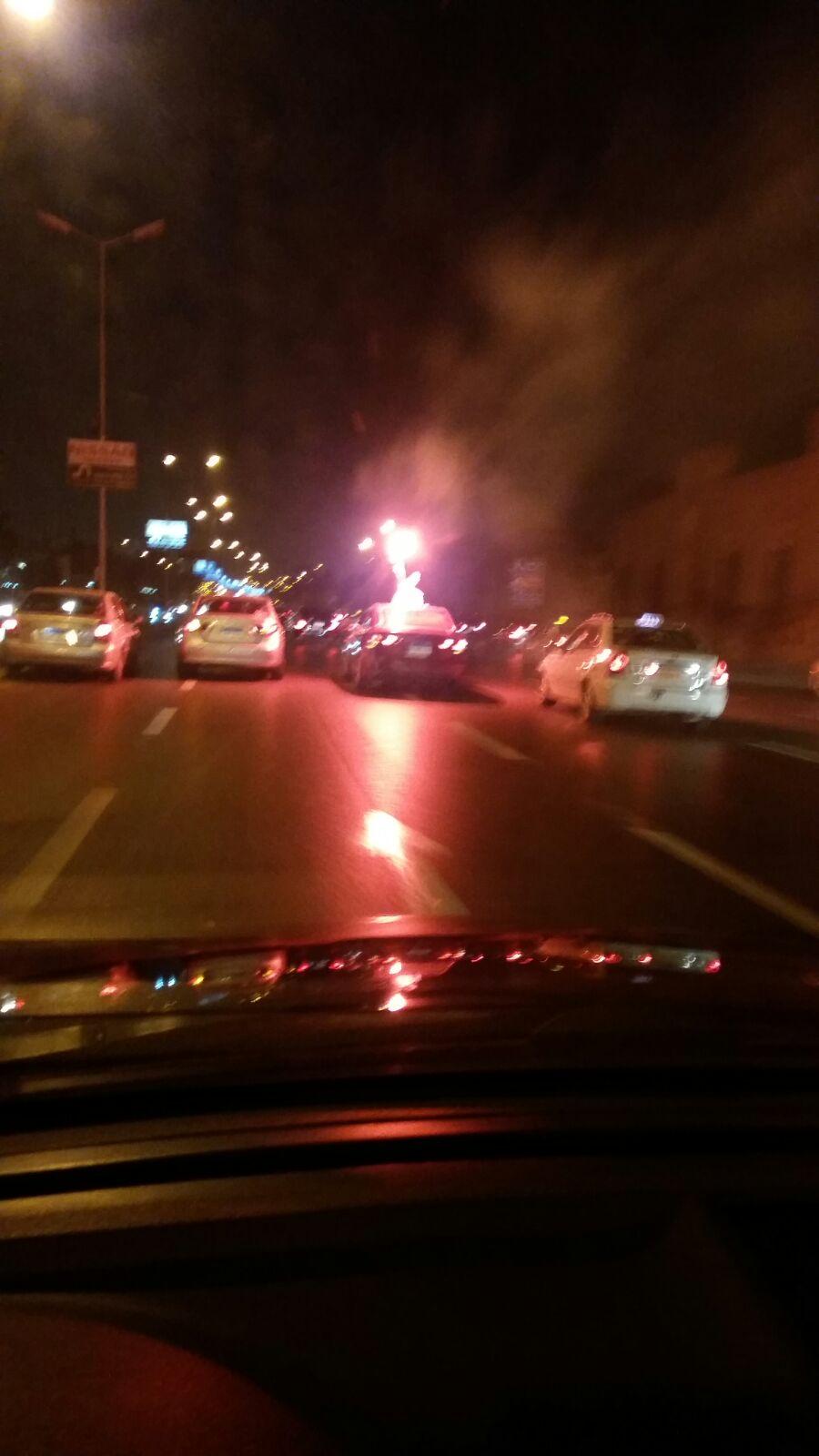 اندلاع حريق في سيارة أمام إدارة مرور القاهرة