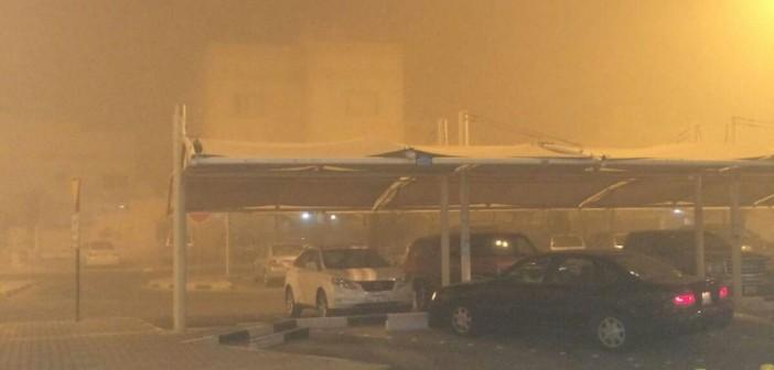 بالصور.. عاصفة رملية وسقوط أمطار بالكويت تزامنًا مع تصويت المصريين في الانتخابات (شاركنا صورك 📢)