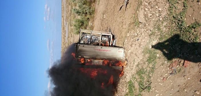 بالصور.. انقلاب سيارة واشتعال النار فيها على «الدولي الساحلي».. وغياب تأمين الطرق 📷