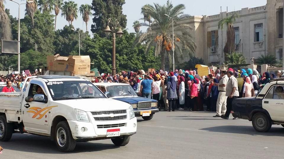 طلاب الثانوية في الغربية يتظاهرون ضد «الـ 10 درجات»: «قرار فاشل»