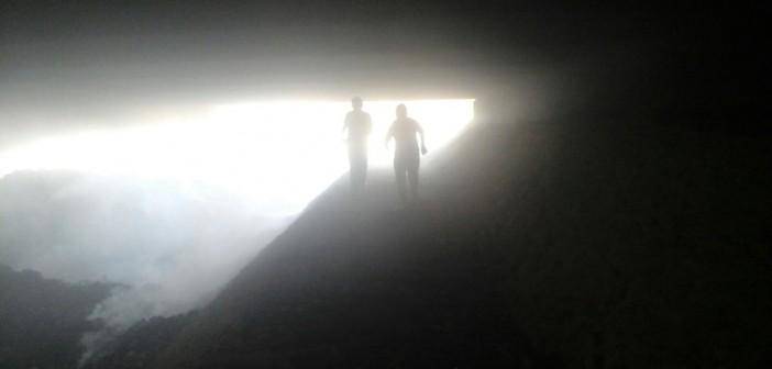 بالصور.. مواطن يرصد تحول أسفل «الدائري» بإمبابة لمحرقة للقمامة والمخلفات 📷
