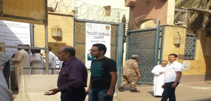 بالصور.. توافد المصريين في السعودية للتصويت بلجان قنصيلة جدة (شاركنا صورك 📢)
