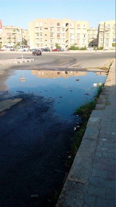 سكان «العبور» يرصدون مشاهد تردي الخدمات في المدينة