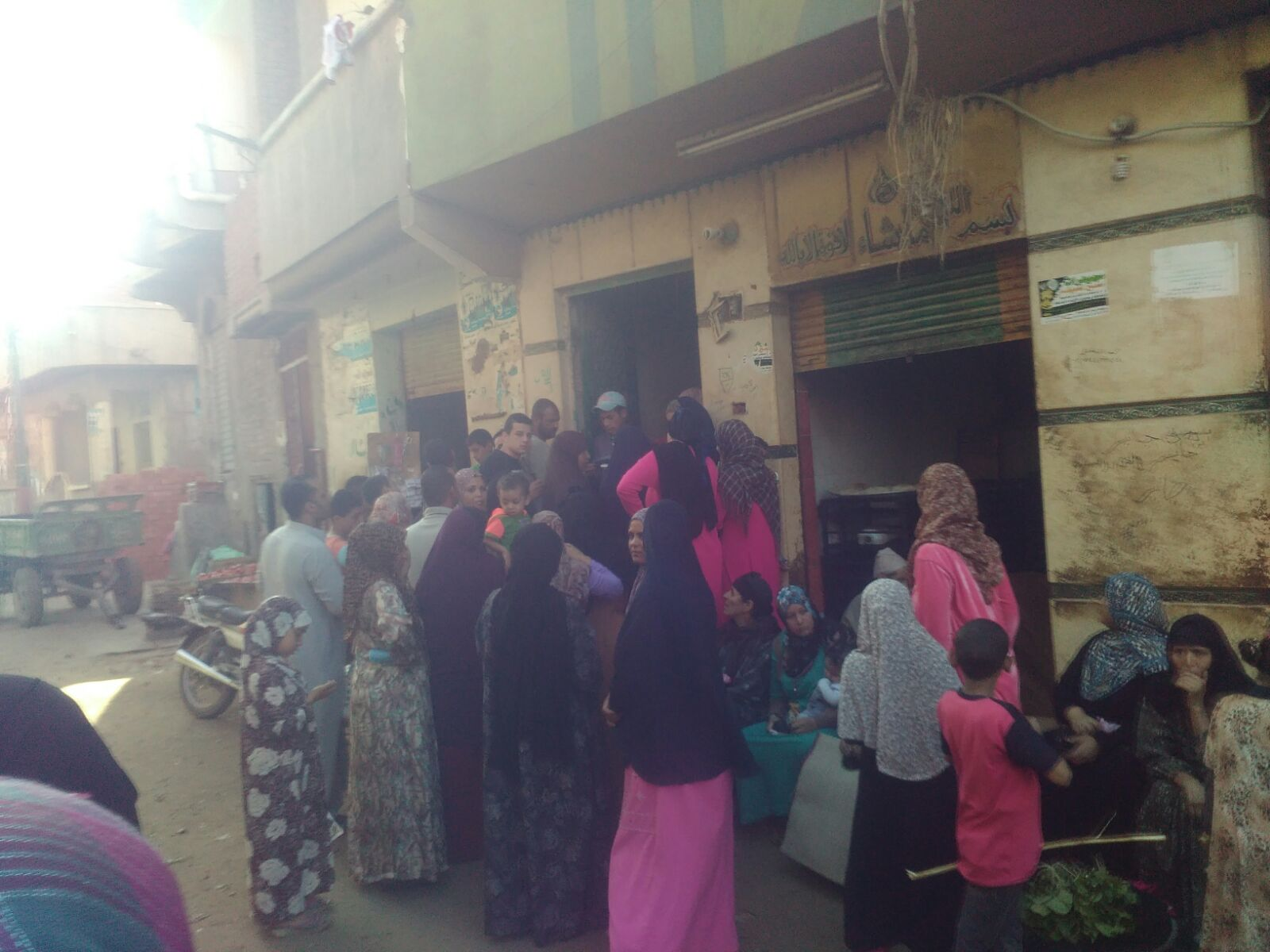📷 مواطنو «شوني» بالغربية يطالبون بزيادة حصة دقيق المخابز الآلية