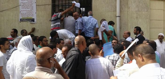 بالصور.. على شباك مخالفات المرور بالإسكندرية.. خليك في الزحمة أو «ادفع واقعد ع القهوة» 📷