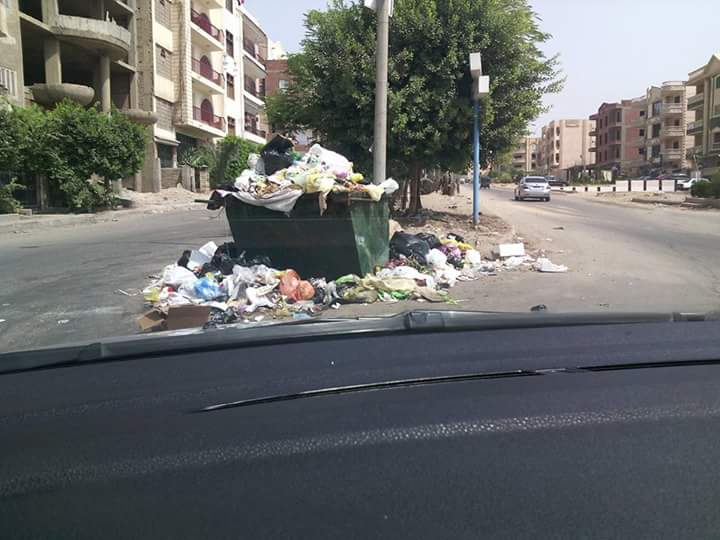 بالصور.. سكان العبور يدشنون حملة لعودتها للقاهرة اعتراضًا على سوء الخدمات