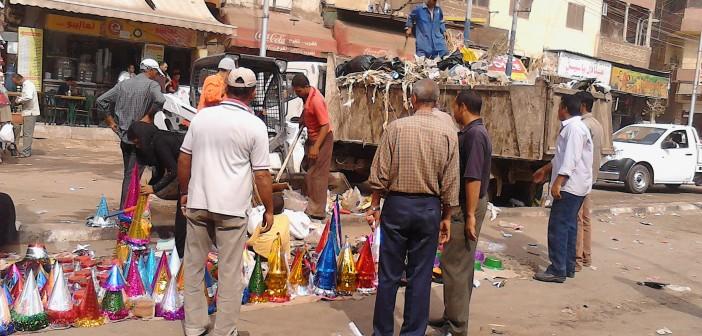 انتهى مولد السيد البدوي.. وعمال النظافة يرفعون أطنان القمامة 📷