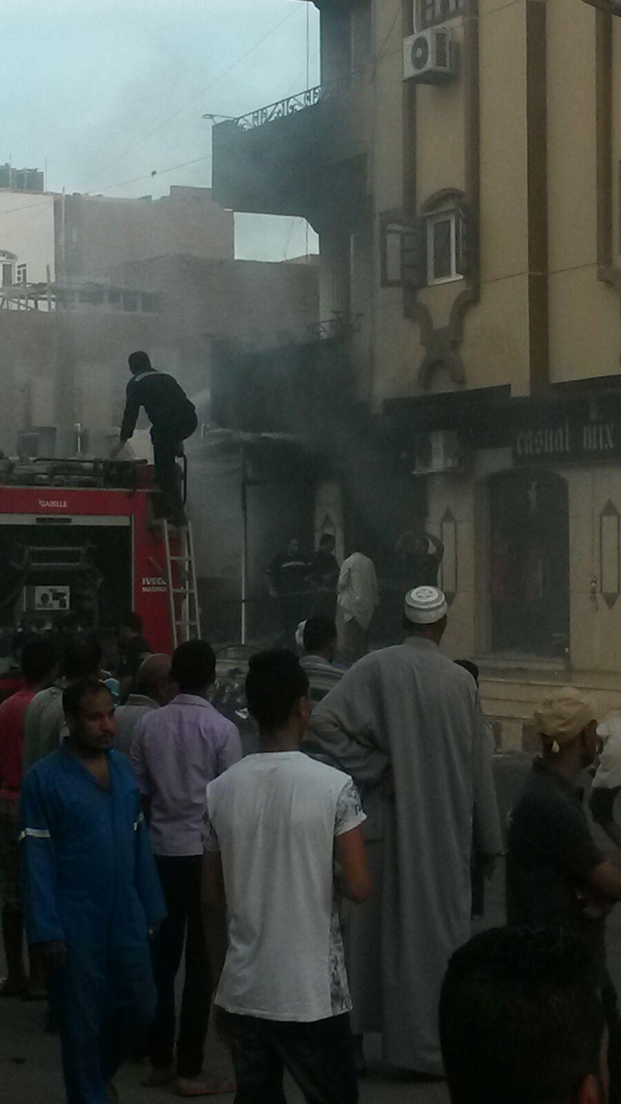 اندلاع حريق بأحد المحال التجارية في مدينة القصير بالبحر الأحمر