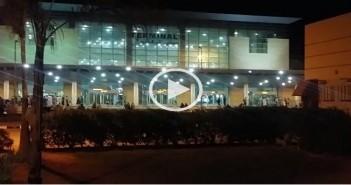 بالصور والفيديو.. راكب يرصد عدم نظافة دورات مياه في مبنى بمطار برج العرب
