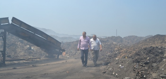 «روتين» مدينة السويس يمنع المواطنين من إلقاء القمامة في المدفن الصحي