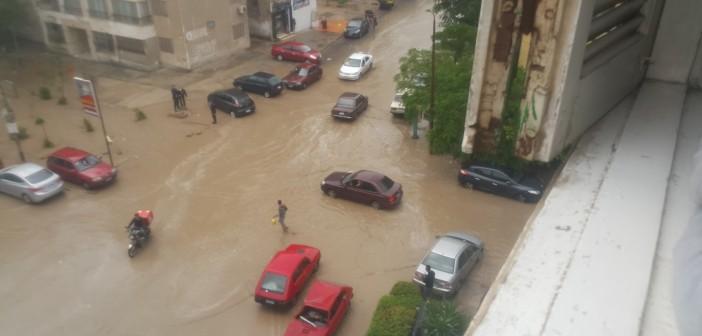 📷| الأمطار تغرق شوارع مدينة نصر