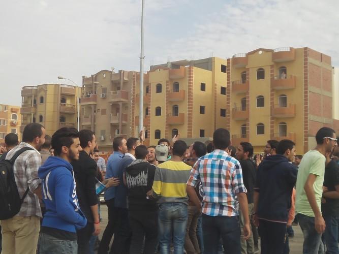 اعتصام طلاب جامعة النهضه فى محافظة بنى سويف