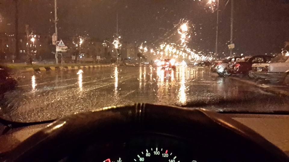 إنها تقترب من القاهرة.. أمطار غزيرة في الشيخ زايد و6 أكتوبر
