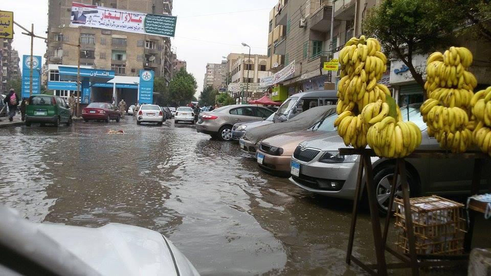 أمطار غزيرة في ميدان حلمية الزيتون