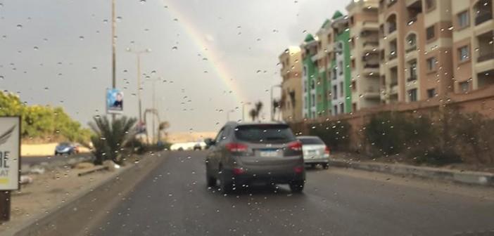 📷| أمطار خفيفة في المقطم.. وظهور قوس قزح