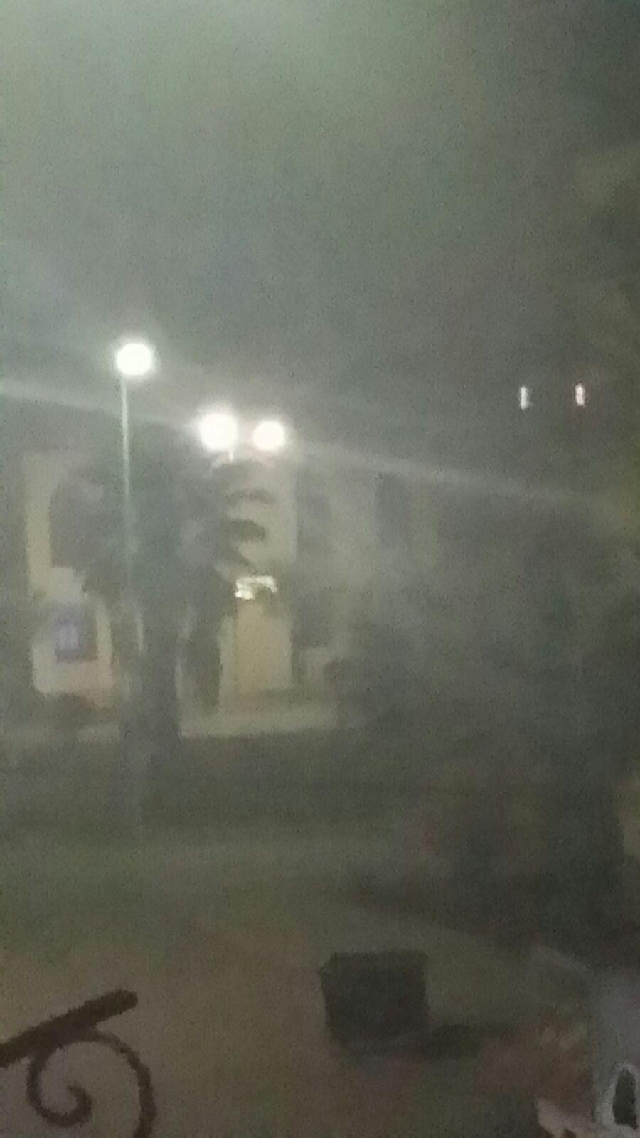 صورة.. دخان محاجر الفحم يغطي سماء دمياط الجديدة.. ومواطنون: «اتخنقنا»