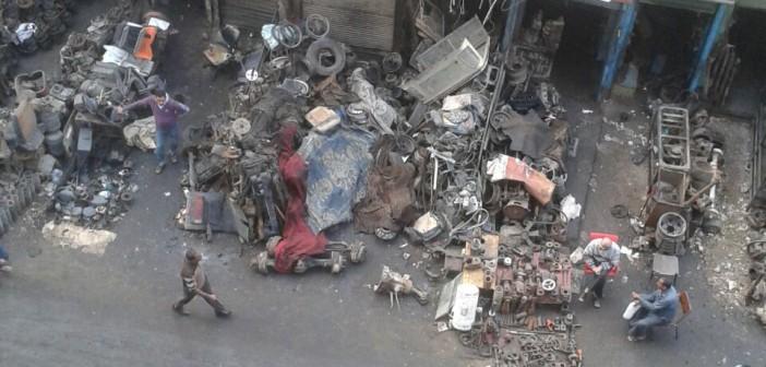 📷| فوضى الشوارع الجانبية في حي الساحل بشبرا