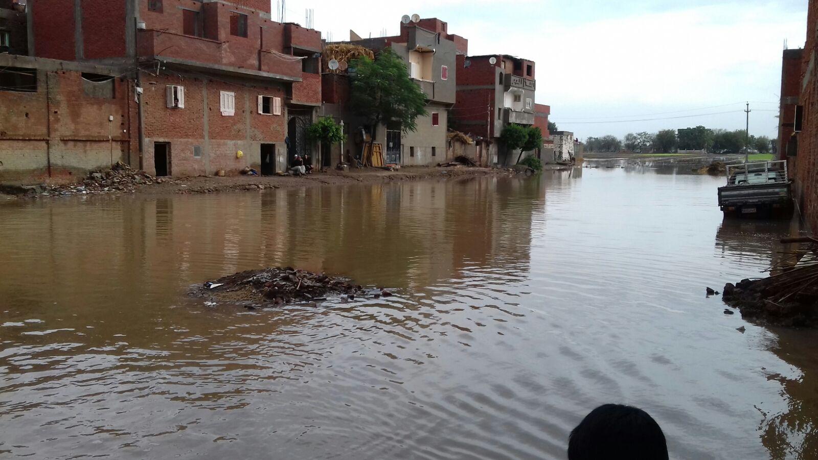 «قصر نصر الدين» بكفر الزيات مازالت غارقة منذ أزمة السيول الأخيرة