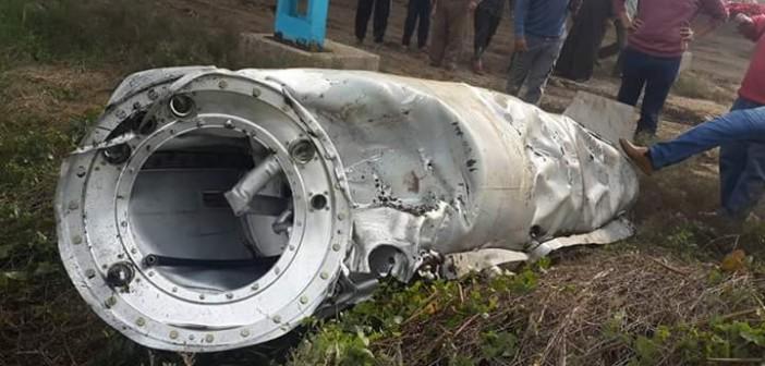 🔴 بالصور.. سقوط جسم معدني من الفضاء في كفر الزيات يعتقد أنه خزان طائرة